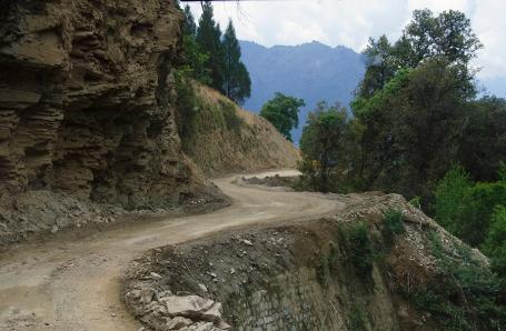 Bhutan_roads